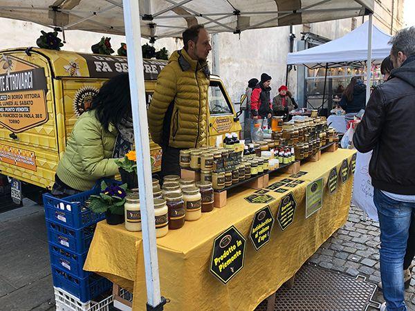 Miody i produkty pszczelarskie z Piemontu