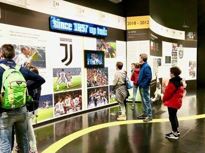 Przy głównym stadionie Juventusu można zwiedzić także muzeum