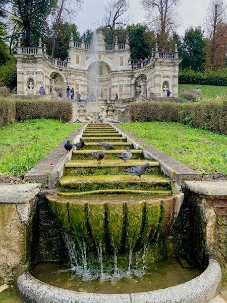 Kaskada wodna przy Villa della Regina w Turynie