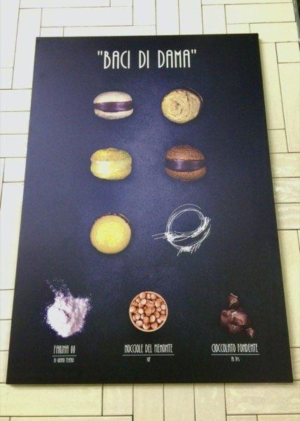 poster reklamowy ciastek baci di dama o różnych smakach